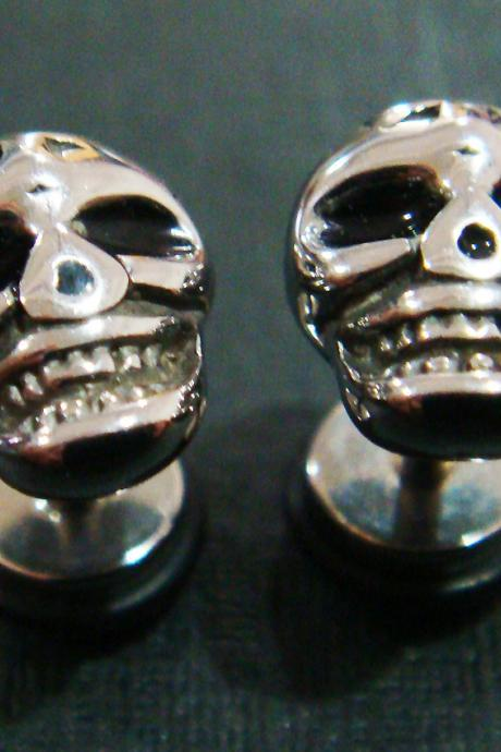 Skull fake plugs ear plug rings earrings body piercing jewelry