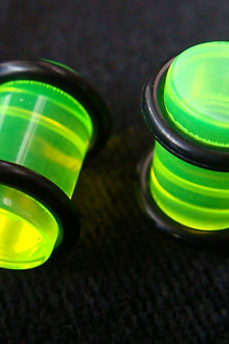 One Pair 0g 8mm Green Ear Plug Rings Earrings Earlet Lobe body piercing O-Rings