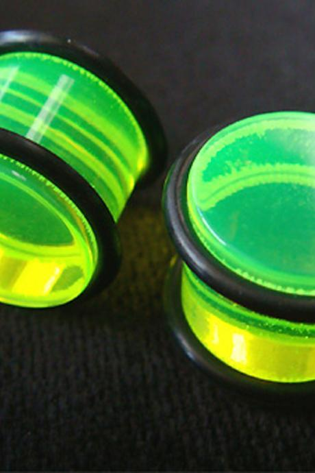One Pair 9/16' 14mm Green Ear Plug Rings Earrings Earlet Lobe body piercing O-Rings