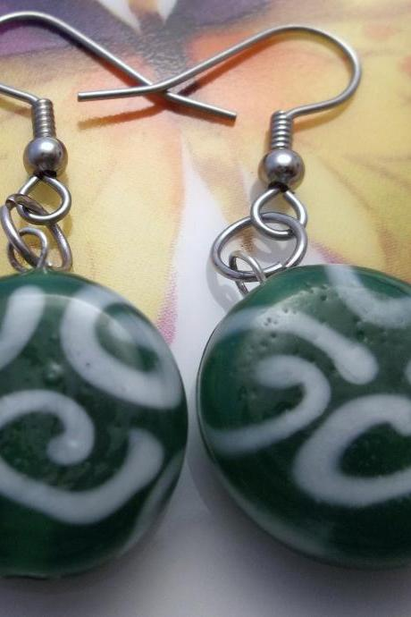 Green and white glass beaded earring