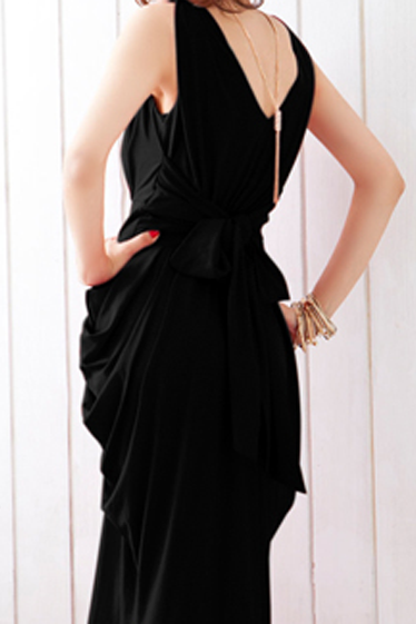Fashion And Sexy Sleeveless V Neck Shiny Maxi Dress - Black