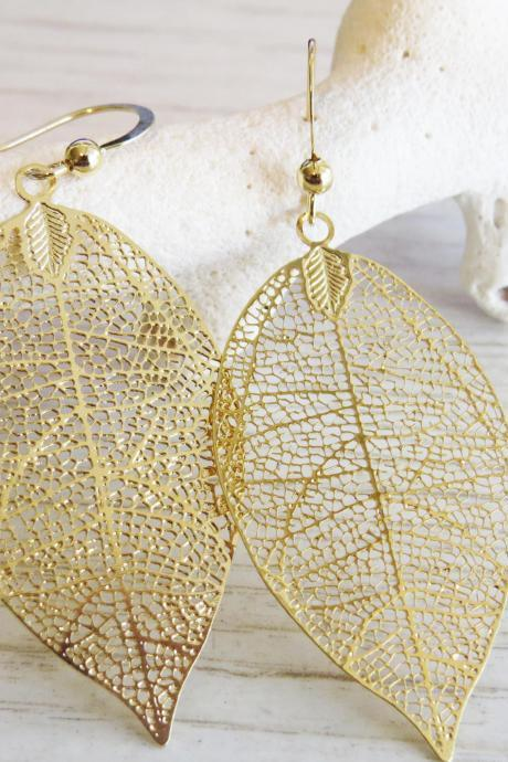 Gold Earrings, Gold leaf earrings, Big leaf earrings, Filigree leaf, Delicate leaf earrings, Fashion jewelry, Simple gold earrings
