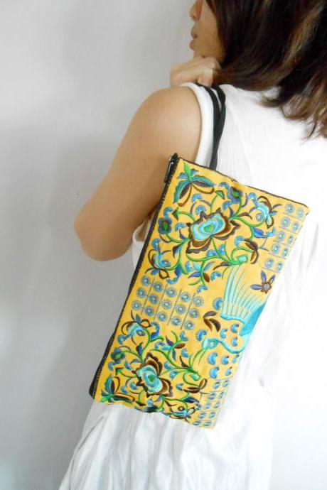 Blue Flamingo embroidered Clutch Bag, w/ Yellow Fabric Chinese Hmong Hilltribe Handmade in Thailand. (KP1056-BLYE)
