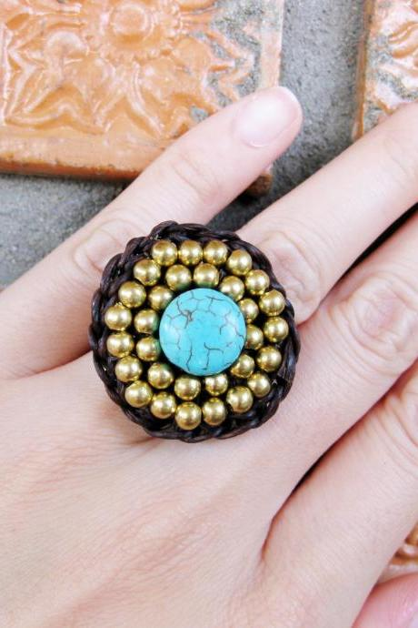 Circle Turquoise and brass beads - Adjustable Ring, Jewelry Thailand Handmade. (JR1017)