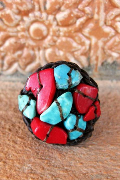 Circle Turquoise and Red Coral - Adjustable Ring, Jewelry Thailand Handmade. (JR1018)