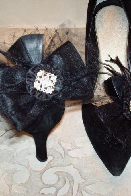 Black Bow Shoe Clips, Black White Wedding, Bridal Accessories, Tulle, Rhinestone Buttons, Ostrich Feathers, Birdcage Netting