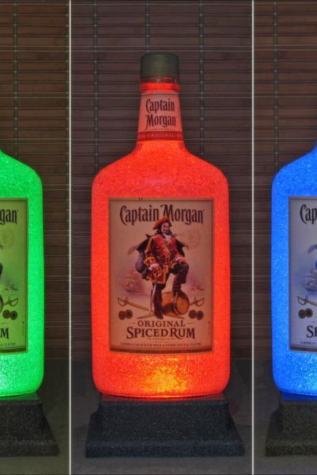 Captain Morgan 1.75 Liter LED Color Changing Bottle Lamp Bar Light Man Cave