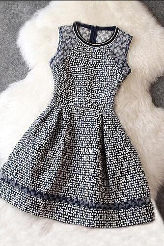 Splicing sleeveless dress