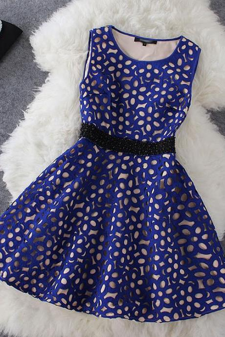 Fashion hollow pearl dress