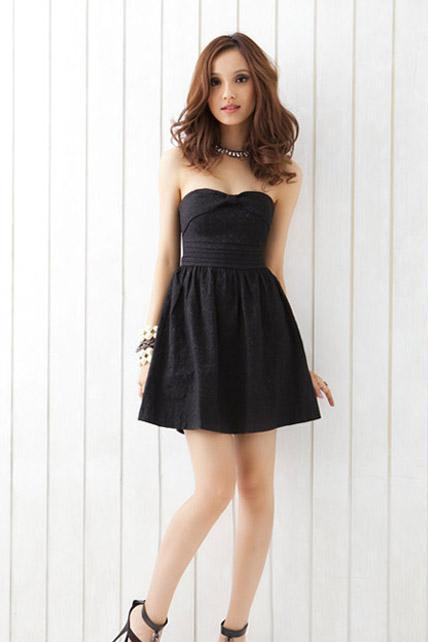 Women Strapless Black Dress with Criss-Cross Back Details