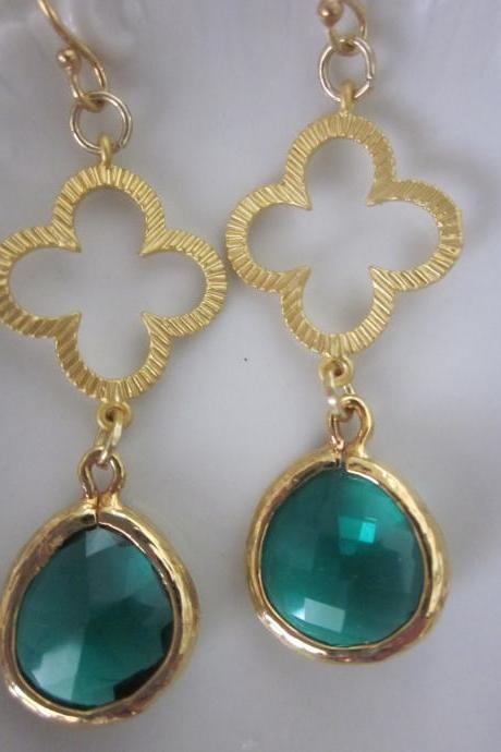 Emerald Green Earrings Gold Clover Connectors - Bridesmaid Earrings - Bridal Earrings