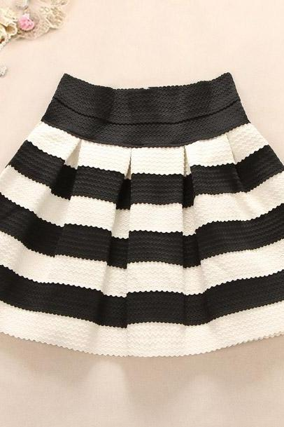 Horizontal Striped Short High Waisted Skirt