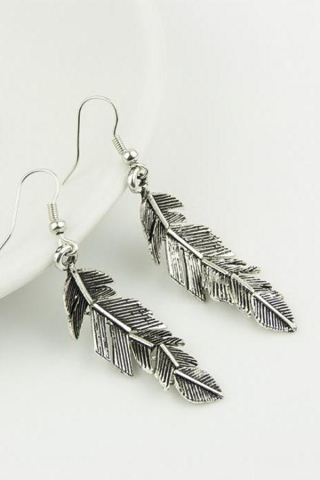 Vintage Style Silver Feather Earrings