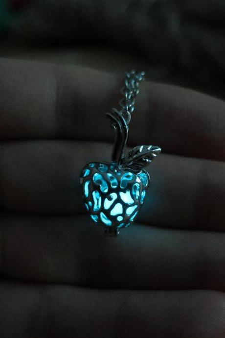 Free shipping Bule Glow in the dark poisoned apple necklace,Gift Ideas,glow pendant necklace,Halloween jewelry