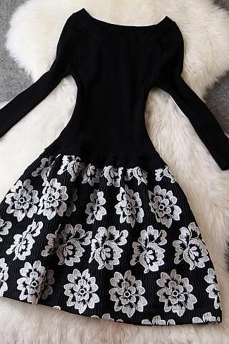 Fashion New Vintage Embroidered Long Sleeve Dress - Black