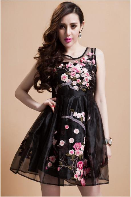 Flower Embroidery Sleeveless Dress Black SD334-2
