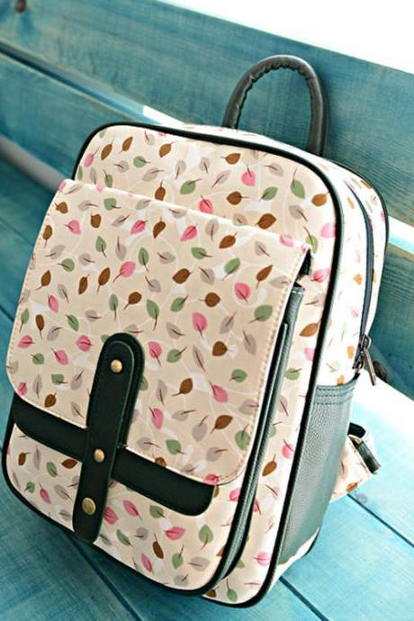 Fresh Mini Leaves Sweet Canvas Backpack