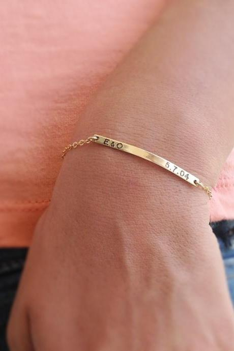 Nameplate bracelet, personalized bar bracelet,gold nameplate bracelet, custom bar bracelet, gold filled bracelet B002