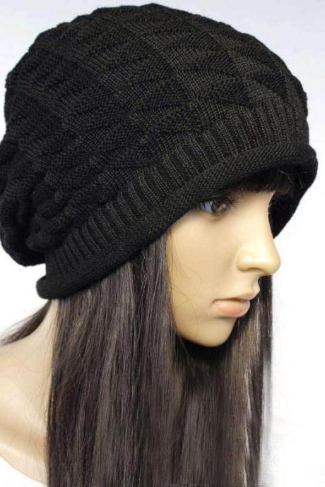 Black Slouchy Knitted Hat