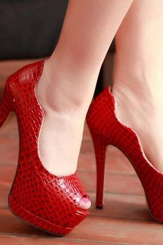 Red Alligator Pattern Peep Toe High Heel Pumps