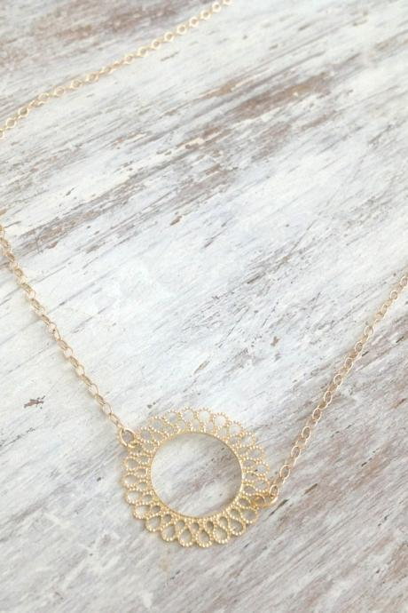 gold necklace, gold circle necklace, tiny necklace, everyday gold necklace, dainty necklace, style525