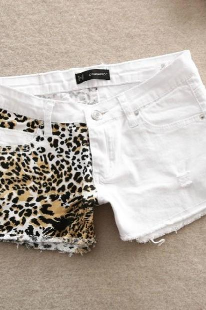 Stitching Slim Hip Sexy Leopard Small Hole Shorts