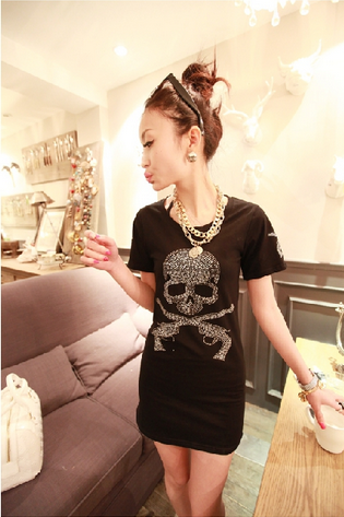 The new spring and autumn outfit hot drilling skull cultivate one's morality show thin joker T-shirt