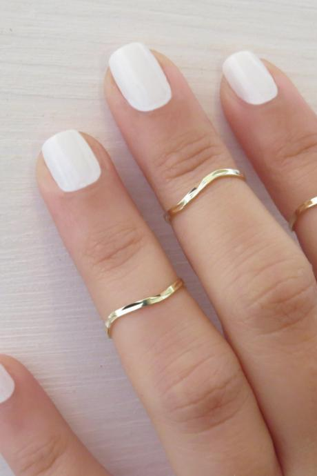Goldfilled Stacking Ring, Gold ring, Set of 3 knuckle ring, Above knuckle ring, Stack midi rings, Unique gift, Gold jewelry, Fashion ring