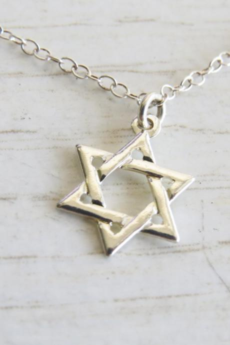 Silver star of david necklace - Sterling silver necklace - Silver pendant - Magen david necklace - Jewish jewelry - Religious jewelry