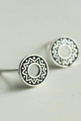 Mysterious Totem punk Thailand handmade 925 Sterling silver earrings vintage elegant ear stud ear nail