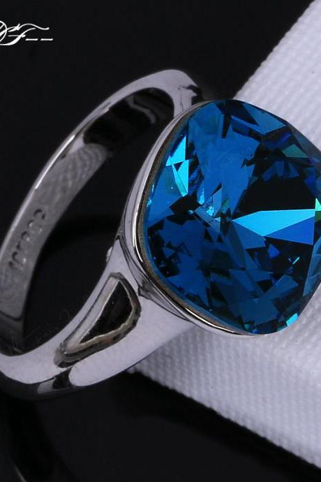 *Free Shipping* Unique Chic Blue Crystal Inlaid Engagement Ring Wholesale Platinum Plated Fashion Brand Crystal Jewelry For Women aneis DFR083