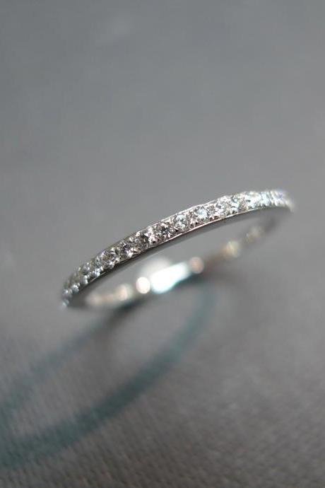1.5mm Wedding Band Diamond Ring in 14K White Gold