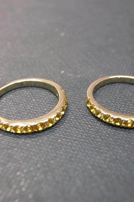 Wedding Ring in 14K Yellow Gold with Set of 2 Yellow Sapphire