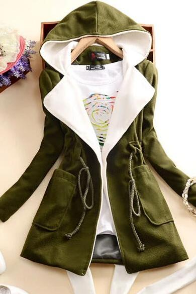 Slim Hooded Long-Sleeved Jacket