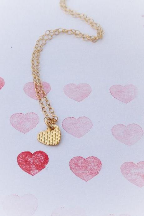 SALE- gold necklace, tiny gold necklace, valentine's day necklace, heart necklace, petite jewelry, gift for her 7018