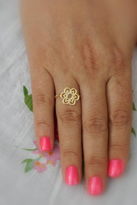 Gold ring, chain ring, 14k gold filled chain, filligree ring, dainty ring, wedding jewelry,bridesmaid ring , any size -143