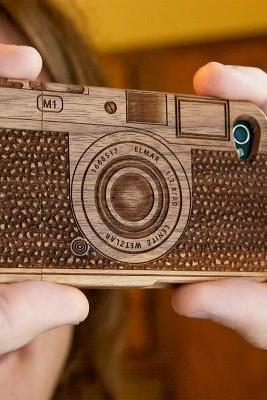 Laser-Engraved Wood IPhone Case Resembling A Camera- For Iphone 4/4S