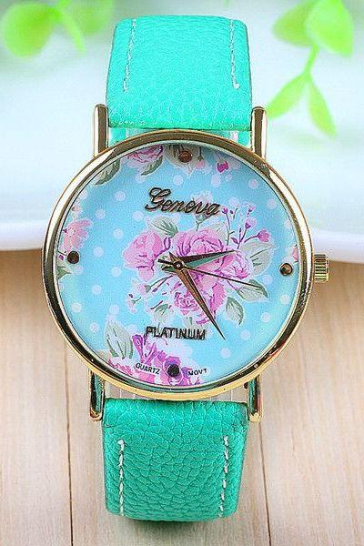 Teenage green leather strap girl watch