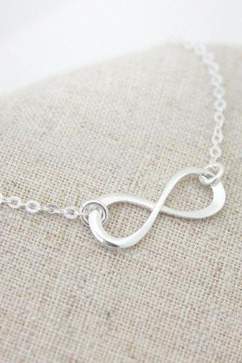 Sterling Silver Infinity bracelet, Bridesmaid gift, wedding,Infinite,Friendship bracelet, love,Mom bracelet
