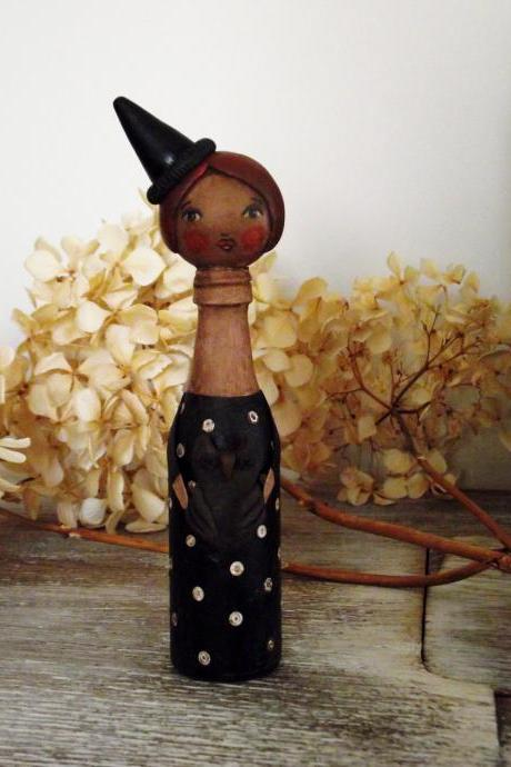 Hilda the witch - 'Bottle Whimsies' collection doll