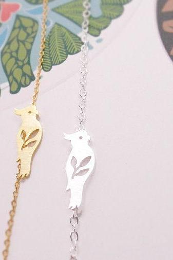 Parrot Bracelet, Bird Jewelry, Animal Pendant, Tiny Parrot Bracelet, Leaf and Bird, Nature Bracelet