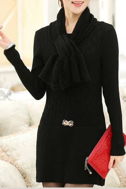 In the new winter round collar long woolen sweater