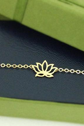 Lotus flower bracelet in gold, yoga bracelet, be the yogi, Flower Bracelet, Oriental Jewelry