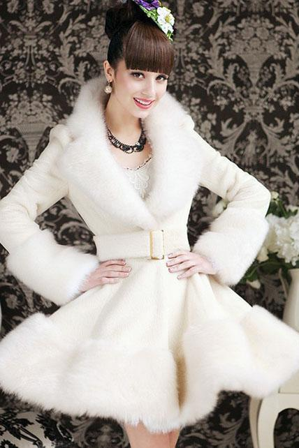 Luxury Faux Fur Decoration Long Style White Coat