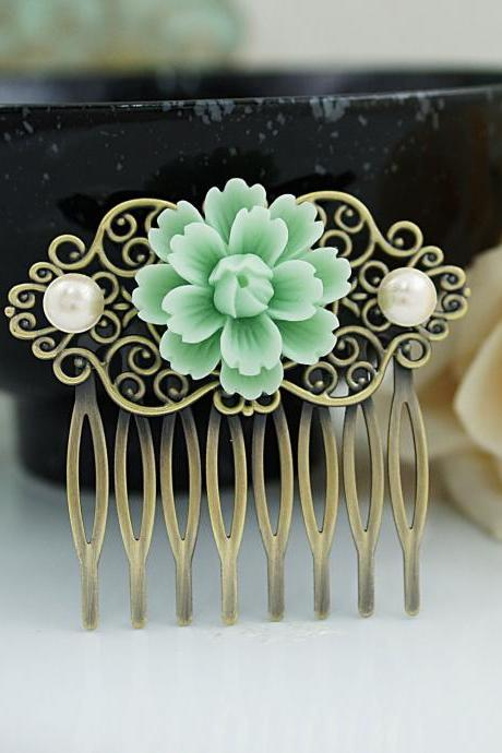 Wedding hair accessories Bridesmaids Gift Wedding Hair Comb Vintage Style Mint Sakura Flower Bridal Hair Comb Bridal Hair accessories