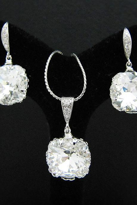 Wedding Jewelry Bridesmaid Jewelry Clear White Swarovski Crystal Square drops Bridal Necklace and Earrings Jewelry Set