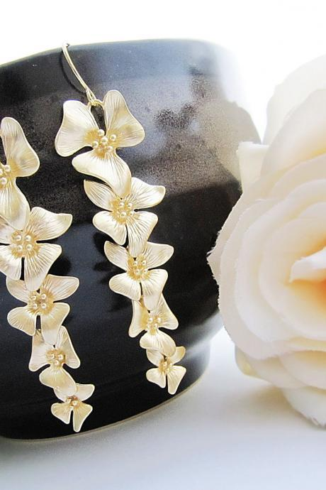 Five flowers Dangle Earrings - Matte Gold - Bridal Bridesmaid Earrings