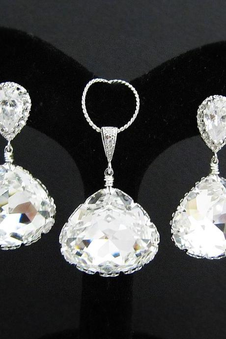 Clear White Swarovski Crystal Triangle drops Bridal Necklace and Earrings Jewelry Set