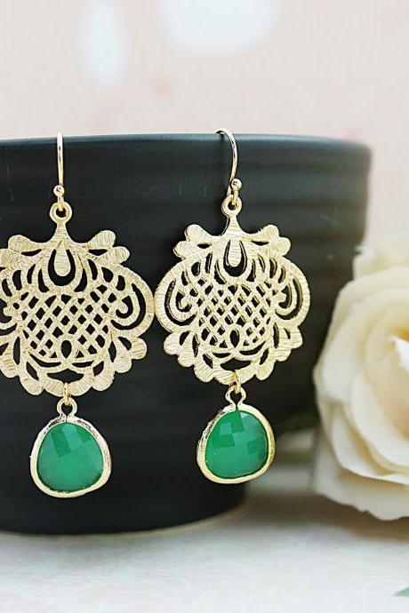 Wedding Jewelry Bridesmaid Gift Bridesmaid Earrings Bridesmaid Jewelry Dangle Earrings Oriental charm and Palace green Opal glass Earrings