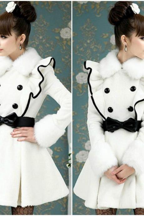 Double Breasted Elegant Winter Coat With Faux Fur
